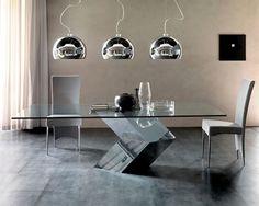 Mesa de vidrio minimalista