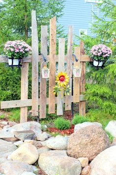 Garden Fencing, Garden Art, Fence, Wooden Pallets, Diy And Crafts, Outdoor Structures, Plants, Gardens, Woodworking Plans