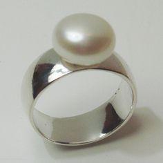 Anillo de plata con perla                                                       …