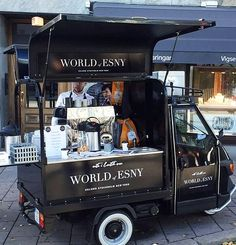 ideas for food truck design ideas mobiles coffee shop Coffee Food Truck, Food Truck Menu, Best Food Trucks, Food Cart Design, Food Truck Design, Cool Truck Accessories, Vintage Coffee Shops, Mobile Coffee Shop, Coffee Trailer