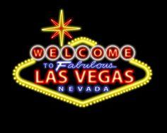 las vegas sign at night! 21st bday!?