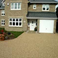 AG Paving are registered driveway contractors that can replace or build driveways Northampton, paving in Northamptonshire, gravel driveways and more. Resin Driveway, Gravel Driveway, Driveway Ideas, Shingle Driveway, Paving Companies, Resin Bound Gravel, Tarmac Driveways, Resin Bond, Plant Design