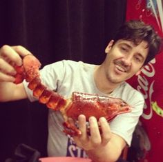 Jonathan i wood eat  that lobster with you  i wood char with you be because you r  my true love
