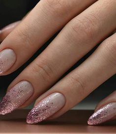 Make an original manicure for Valentine's Day - My Nails Love Nails, Pretty Nails, My Nails, No Chip Nails, Simple Wedding Nails, Classic Nails, Glitter Nail Art, Nude Nails With Glitter, Powder Nails