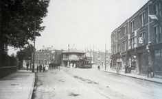 Ashton Gate 1911 looking towards the old toll house and North Street. This building is now converted into old people's home. Jefferson Street, Vintage Year, Toll House, City Of Bristol, Hill Station, Back In The Day, Old Photos, Gate, The Neighbourhood
