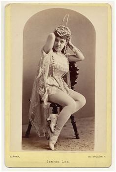 Early Burlesque Dancers