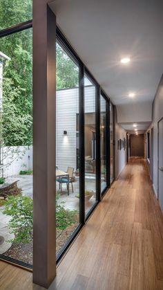 Courtyard Design, Courtyard House, Interior Garden, Home Interior Design, Maine House, Modern House Design, Exterior Design, Future House, Architecture Design
