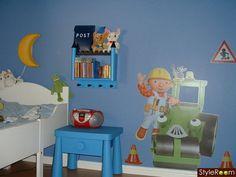 sängbord,hylla,brevlåda,barnrum