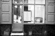 © Florian C.A. Czech    T E A T E R . . . Wall Oven, Kitchen Appliances, Home, Display Stands, Diy Kitchen Appliances, Home Appliances, Ad Home, Homes, Kitchen Gadgets