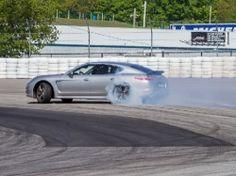 Porsche World 2013 - smoke