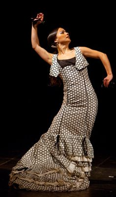 Olga Pericet, such a graceful line