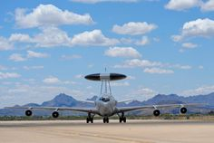 Snapshot: AWACS Away | Air & Space Magazine