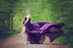 Love this maternity photo by Little Angels by Medine using a Sew Trendy Accessories dress. Baby Bump Photos, Newborn Photos, Pregnancy Photos, Life Photography, Maternity Photography, Creative Photography, Photography Ideas, Getting Ready For Baby, Maternity Pictures