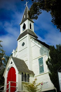 St Paul's Church Port Townsend ,Washington.  We attended here a couple of years ago.  Very small inside but really pretty.