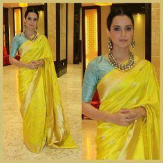 45 Latest Plain saree with Designer Blouse Ideas Silk Saree Blouse Designs, Saree Blouse Patterns, Sari Blouse, Indian Silk Sarees, Pure Silk Sarees, Banarsi Saree, Lehenga, Yellow Saree, Plain Saree