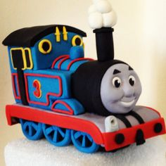 Picture tutorial Thomas the train cake topper | Cake Art ...