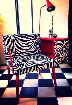 Refurbished MidCentury Gossip Bench by HUEisit on Etsy Zebra Chair, Gossip Bench, Black And White Furniture, Tv Trays, Light Works, 19 Days, White Zebra, Chair Bench, Zebra Print