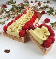 Fancy Desserts, Köstliche Desserts, Dessert Recipes, Fruit Dessert, Torte Nutella, Pastry Recipes, Cooking Recipes, French Patisserie, Cake Recipes From Scratch