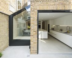 How to add a single storey extension - House extension design - Single Storey Extension, Side Extension, Glass Extension, Extension Google, House Extension Design, Extension Designs, Extension Ideas, House Extension Plans, Victorian Terrace