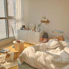 Home Decoration Interior .Home Decoration Interior Room Design Bedroom, Room Ideas Bedroom, Korean Bedroom Ideas, Zen Bedroom Decor, Bedroom Art, Style Deco, Minimalist Room, Minimalist Apartment, Pretty Room