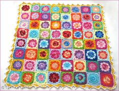 Daisy Granny Blanket tutorial by Natas Nest.