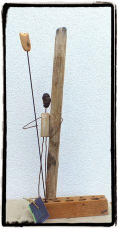 bois flotté, surf art Driftwood Mobile, Driftwood Sculpture, Driftwood Art, Soft Sculpture, Scrap Wood Art, Wooden Art, Wooden People, Branch Art, African Paintings