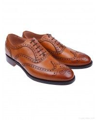 Cheaney Men's Arthur III Brogue Shoes – Original Chestnut Cheaney Shoes, Country Attire, Future Fashion, Brogues, Shoe Boots, Oxford Shoes, Dress Shoes, Footwear, Lace Up