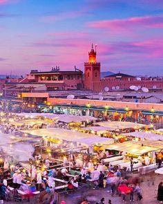 I can feel the warmth  Marrakech  Tag your friends  --------------------------------- #morocco #maroc #rabat #casablanca #marrakech #agadir #love #design #essaouira  #travel #moroccan #vacation #beach #tourist#travelmorocco #fes #old #chefchaouen #wanderlust #style #instatravel #trip #amazing #travelphotography