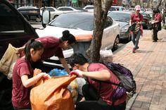 인천에서는 5천여 명의 국제위러브유운동본부(장길자회장) 회원 및 시민들이 인천중앙공원을 중심으로 인근 지역 일대를 정화했다.