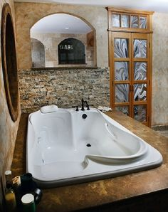 Double bathtubs for romantic moments - Adorable Home