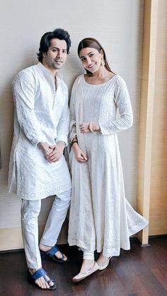 Pakistani Dresses, Indian Dresses, Indian Outfits, Gents Kurta Design, Indian Men Fashion, India Fashion Men, Punjabi Fashion, Kurta Style, Trendy Outfits