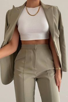 Business Casual Outfits, Professional Outfits, Cute Casual Outfits, Pretty Outfits, Stylish Outfits, Classy Outfits For Teens, Glamouröse Outfits, Teen Fashion Outfits, Female Outfits