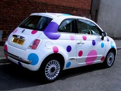 Combining two things I love: #FIAT and #Dots! Love it! Fashion Addiction: giugno 2010