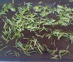 Make your own herb salts!!    Fresh #Organic #Rosemary Salt Blend  #Paleo #Primal #Vegan #glutenfree #dairyfree #cleaneats #homemade