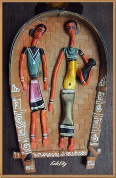 Bottle Art, Bottle Crafts, Art Deco Kitchen, Biscuit, Clay Wall Art, Madhubani Art, Indian Folk Art, Indian Crafts, Indian Art Paintings