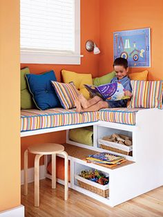my kiddies love to read...how perfect would this be in their playroom.