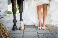 Bruid en haar paard, Bruidsfotografie Eindhoven, Best, Beachclub Sunrise, Aquabest