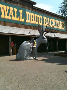 Wall Drug - Wall, SD - WORLD'S LARGEST DRUG STORE they have everything and more, right off of America's Favorite Roadside Attraction! Free Admission to this square foot wonderland of free attractions! Wall Drug, Places Ive Been, Places To Go, Pictures Of America, Cross Country Trip, Spring Break Trips, Roadside Attractions, Road Trip Usa, Amazing Adventures