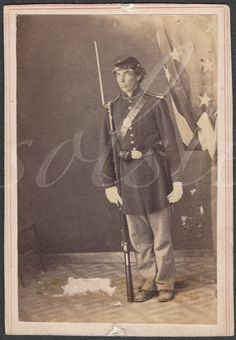 POSTMORTEM PM CIVIL WAR SOLDIER ARMED FULL UNIFORM AMERICAN FLAG 2ND MI INFANTRY
