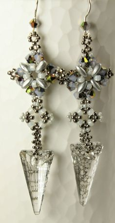 I love the new Swarovski Spike!  Earring by MadDesigns: Romantica Re-visited