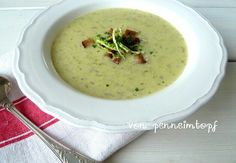 Cremige Wirsing Parmesan Suppe