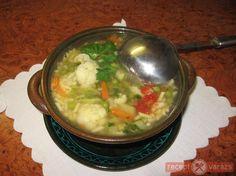 Zöldségleves recept képpel, a hozzávalók és az elkészítés pontos leírásával. Készítsd el akár 2, vagy 12 főre, a Receptvarazs.hu ebben is segít! Guacamole, Mexican, Hot, Ethnic Recipes, Mexicans