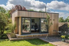 Why we all need a she shed Photo: JML Garden Rooms Backyard Sheds, Outdoor Sheds, Outdoor Rooms, Outdoor Living, Backyard Plan, Outdoor Furniture, She Sheds, Shed Design, Garden Design