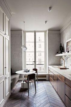 Kickass Alternatives to Traditional Upper Kitchen Cabinets;That herringbone floor is ta die! Home Interior, Interior Design Kitchen, Interior Architecture, Kitchen Decor, Paris Kitchen, Kitchen Ideas, Big Kitchen, Narrow Kitchen, Kitchen Nook