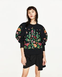 ZARA - COLLECTION SS/17 - EMBROIDERED FLOWER SWEATER