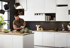White, charcoal grey and timber kitchen Kitchen Dinning, New Kitchen, Kitchen Decor, Modern Kitchen Design, Interior Design Kitchen, Kitchen Units, Kitchen Cabinets, Upper Cabinets, Timber Kitchen