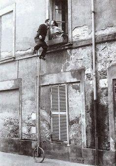 vintage everyday: Unicycle Window Kiss, ca. 1950s