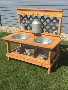 New diy kids outdoor play area ideas pallets mud kitchen ideas Outdoor Play Kitchen, Diy Mud Kitchen, Mud Kitchen For Kids, Outdoor Play Spaces, Kids Outdoor Play, Kids Play Area, Outdoor Playground, Backyard For Kids, Diy For Kids