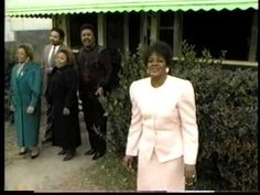 ▶ I Remember Mama Pastor, Evangelist, Shirley Caesar - YouTube SUCH A BLESSING, makes me cry every time!