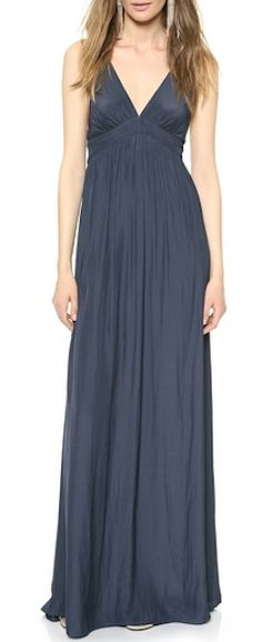 Gorgeous maxi dress for late summer soirees http://rstyle.me/n/pf3a5nyg6